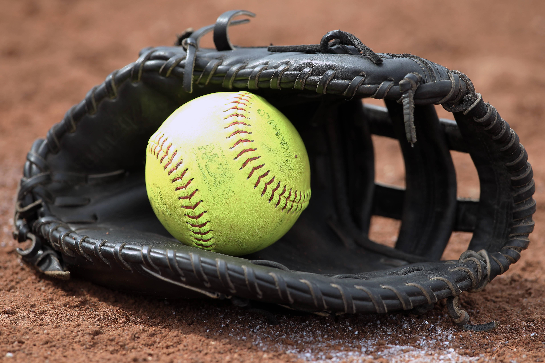Community Life Men's and Women's Softball League Registration Deadline